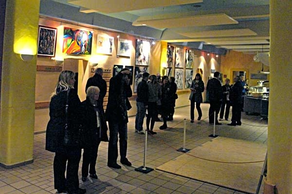 vernissage-summa-11D3648293-3698-9913-54D4-AB637BBB67AA.jpg